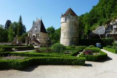 Le Pavillon Renaissance et la tour ronde