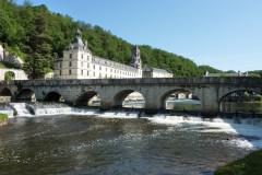 Le Pont Coudé