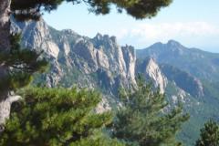 Le col de Bavella,  superbe panorama sur les aiguilles de Bavella