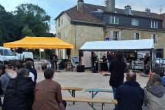 Nozeroy, fête de la musique sur la place des Annonciades