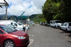 Parking-plateforme qui domine la vallée de Takamaka