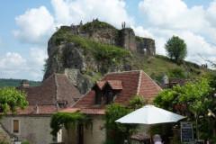 Saint-Cirq-Lapopie, ici se dressait autrefois le donjon de la forteresse de la Popie
