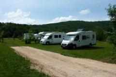 Saint-Cirq-Lapopie, l'aire de camping-cars
