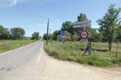 Route D104 vers le pont des Tourradons