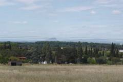 Au loin le pic Saint-Loup