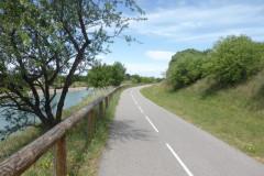 Avant Vauvert passage de l'autre côté du canal